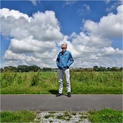 Cloud Watching (Hindrik S) Tags: clouds wolken loft sky blue bluesky green landscape nederland frysln ljouwert westeinde road path paad pad pfad grien groen weather waar weer wetter people