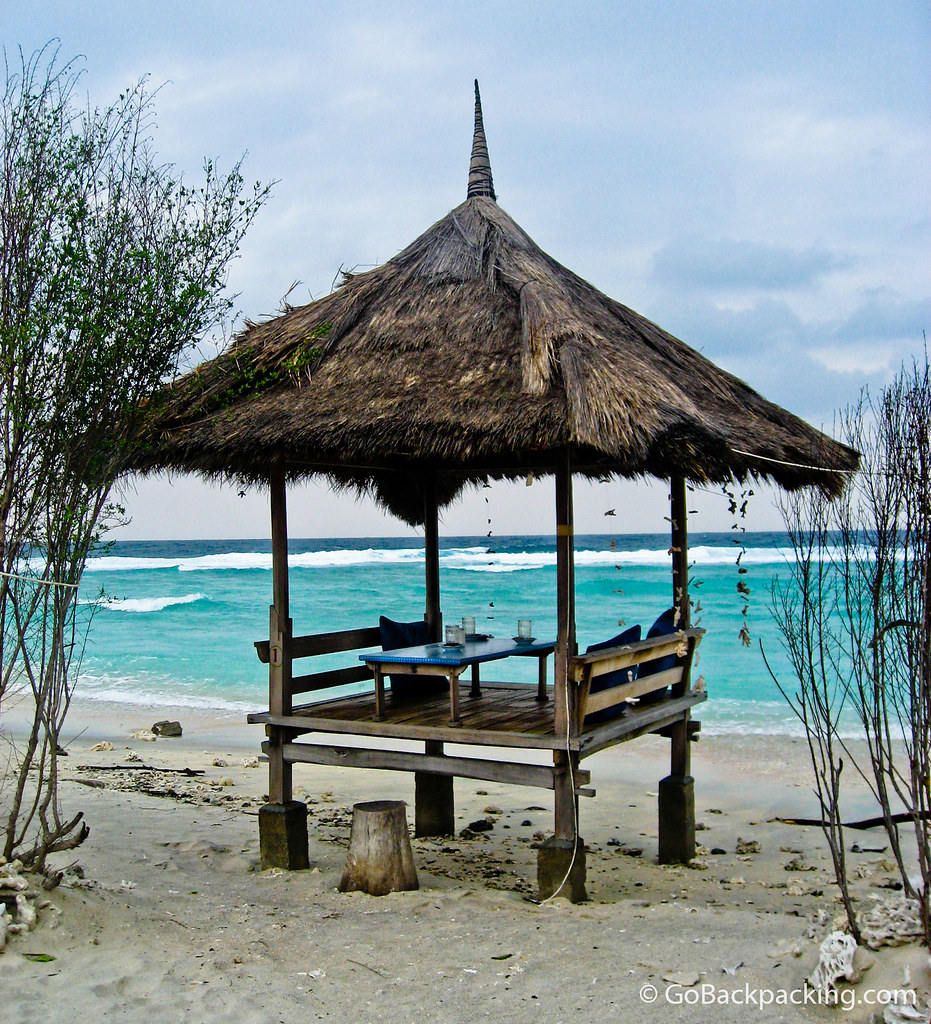 Hut on a deserted beach - Gili Trawangan