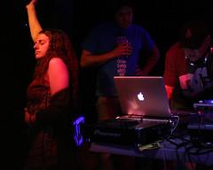 IMG_4630 (Dan Correia) Tags: macintosh dj laptop nightclub turntables canonef35mmf2 drumnbass mctell cdjs macbookpro seratoitch djsst