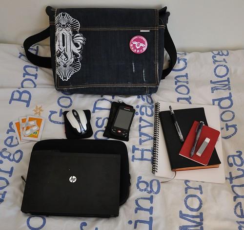 Väska och prylar