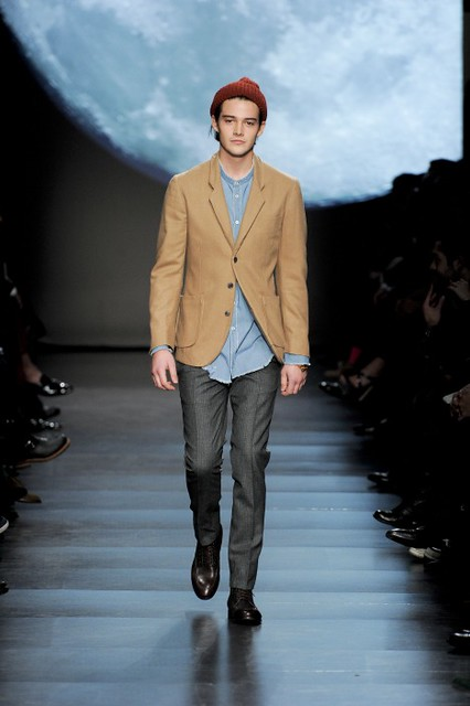 Rob Moore3339_FW11_Paris_Paul Smith(fmag)