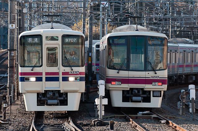 京王電鉄9000系9007F 回送