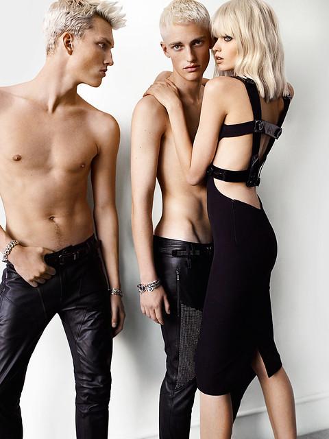 Victor Nylander0004_Versace SS11(Simply Male Models)