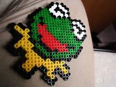 Gustavete (spliffs) Tags: ikea beads colores gustavo hama aburrimiento ranas nits enfermedades llaveros hamabeads pyssla