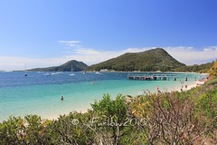 Shoal Bay towards Tomaree Head (Scuba Dude) Tags: beach canon eos nelsonbay portstephens shoalbay 550d