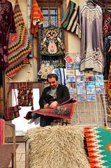 Usta olmak çile doldurmak (Atakan Eser) Tags: work türkiye turkiye master konya dert usta iş çırak çile dsc9362