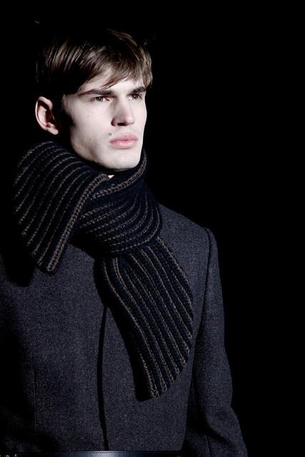 Felix Schopgens3079_FW11_Paris_Louis Vuitton(VOGUEcom)