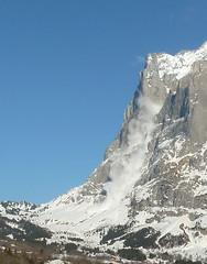 wetterhorn avalanche  #0 - 2011.2.14 (mailatmatt) Tags: alps schweiz switzerland suisse suiza swiss alpen avalanche berneroberland berneseoberland suissa avalancha grossescheidegg kantonbern oberlandbernois lawinen gutzgletscher gutzglacier p1140061a