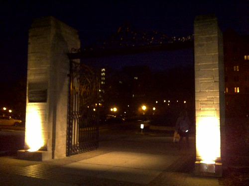 Bloomington-20110215-00364