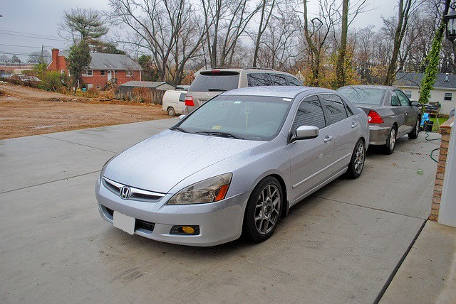 Elegant 2004 Honda Accord LX Sedan 4cyl. TL Type S (07 08) Front: 17.8 +45 Offset.  Rear: Same. Tire Size: 235/45/R17 Front + Rear Fenders Rolled: Nope.
