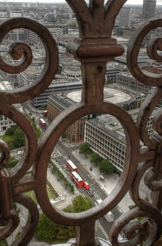 St Paul's rail. London. Barandilla de San Pablo. Londres