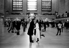 (ww__) Tags: new leica york station couple kodak central grand x 66 1600 scanned roll 28 pushed tri 35 m2 x5 summaron microdolx flextight