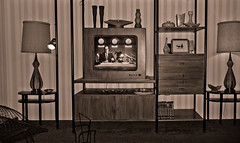 Old Living Room (S. Schneider) Tags: usa canon vintage lumix tv powershot retro merritisland nasa panasonic livingroom replica kennedyspacecenter capecanaveral orsino a550 dmcfz38