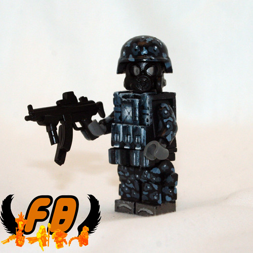 Custom minifig Small Arms Specialist custom minifig