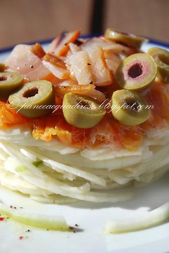 insalata di finocchi, arance e pesce spada affumicato