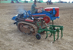 Ransomes MG5 (atkidave) Tags: tractor mg horticultural 2010 crawler mg2 marketgarden ransomes greatdorsetsteamfair mg40 gdsf mg5 mg6