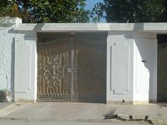 Porte extrieure en fer forg  Tunis (2011) (Citizen59) Tags: door iron tunisia tunis villa porte fe entry tunisie external fer entre wrought portes extrieure entres forg forge rforg