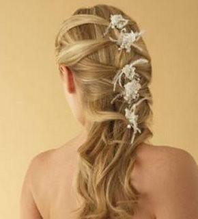 modelo de penteado de noiva moderno