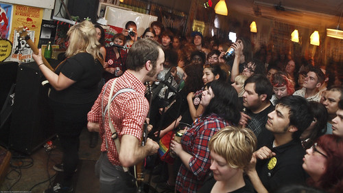 March 16x Shannon & the Clams @ Trailer Space, Burger Records (8)