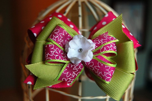 hair bow for giveaway