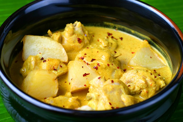 Malayan Chicken Curry with Potatoes (2)
