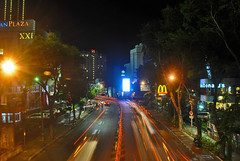 Jalan Basuki Rachmad, arah utara (BxHxTxCx (more stuff, open the album)) Tags: surabaya city kota nightshoot fotomalam