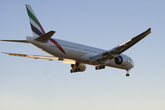 Emirates B777 (jbself20) Tags: emirates boeing lax b777 klax a6ega 31her