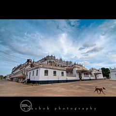 Raja Palace | Chettinadu (ayashok photography) Tags: india building asian nikon asia indian dude desi bharat bharath desh barat barath karaikudi chettinadu kanadukathan ayashok nikond300 tokina1116mm rajapalace rajaveedu aya2234
