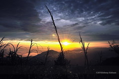 Hutaginjang -DSC_0141 (Johnny Siahaan) Tags: sunset mountains misty clouds sunrise indonesia gunung batak toba laketoba sumatera huta danautoba sumaterautara tobalake matahariterbit tapanuliutara hutaginjang taput johnnysiahaan mataharipagi fotodanautoba fotohutaginjang
