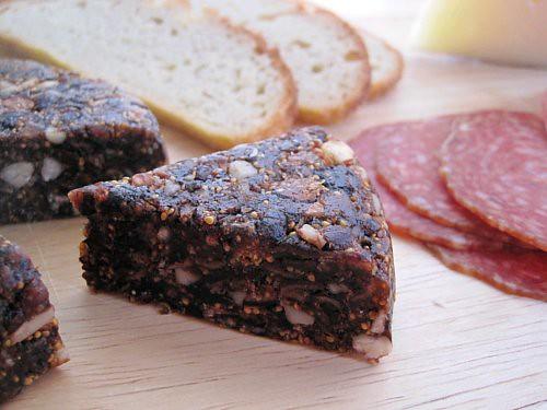 Spanish Fig Walnut Cake Recipe