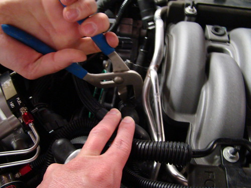 How To Install An 11-14 Mustang Boss Intake Manifold