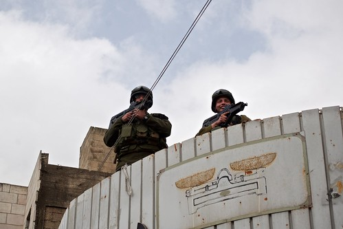 Israeli soldiers take the highest points in Hebron during demonstration on 25 Feb 2011