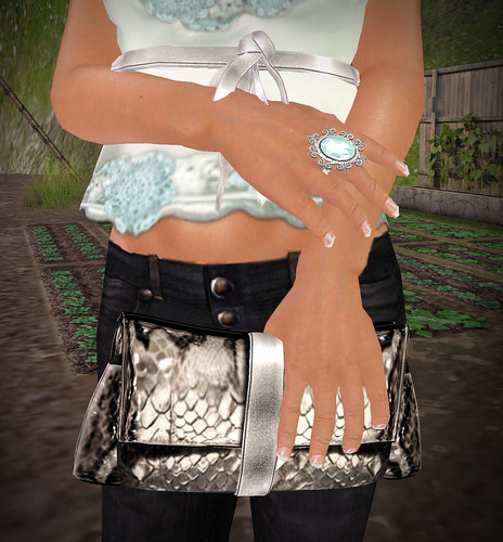 Indyra Originals Seafoam Ring & Silver Clutch