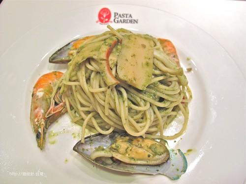 Pasta Garden青醬海鮮麵