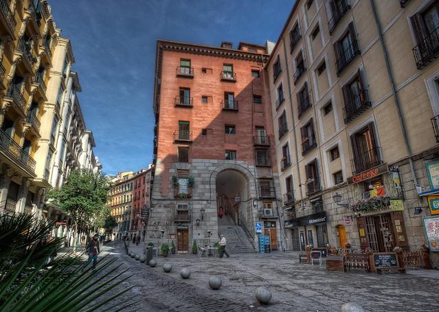Arco de Cuchilleros, Madrid (Spain), HDR