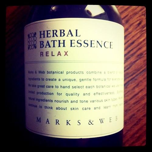 HERBAL BATH ESSENCE
