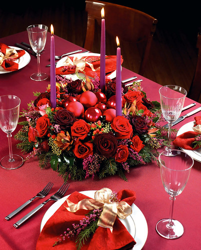 How to order the perfect holiday centerpiece flower factor