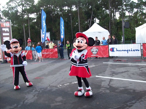Minnie and Mickey Champion 5k