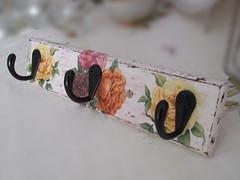 """Hanger """"Roses"""""""