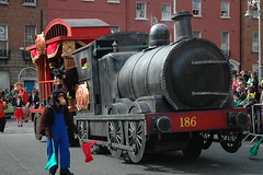 St Patrick's festival 2010, Dublin (Longreach - Jonathan McDonnell) Tags: ireland dublin parade stpatricksday 2010 stpatricksfestival 17thmarch2010