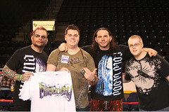 Hardy Boyz & Team Green/e