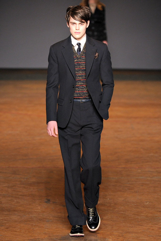 Jacob Young3022_FW11_NY_Marc by Marc Jacobs(VOGUEcom)