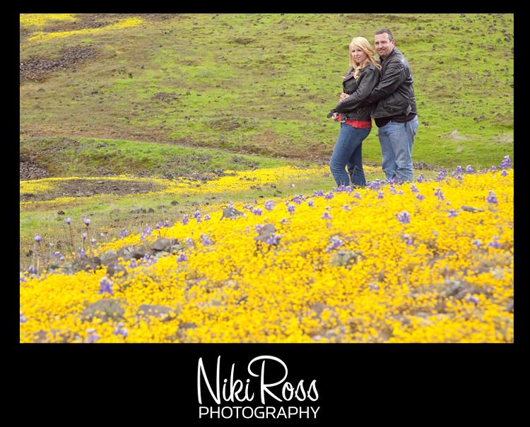 hugging-yellow-purple