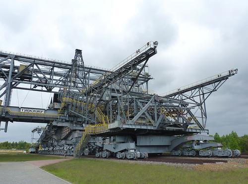 Hasil gambar untuk F60 Overburden Conveyor Bridge