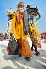 Returning Home V (Apratim Saha) Tags: woman india man indian fair ganga ganges mela westbengal apratim gangasagarmela apratimsaha