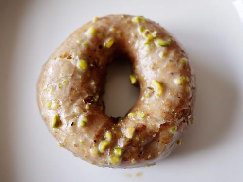 03-31 pistachio doughnut