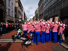 Where's Wally Dublin flash mob #3 (turgidson) Tags: world street ireland dublin digital studio ed four lumix championship raw angle martin g flash wide performance pedestrian wideangle olympus m panasonic mob developer micro record pro g1 mm wheres performers wally fundraiser waldo zuiko graftonstreet attempt dmc flashmob grafton thirds converter recruiting whereswally whereswaldo handford 2011 m43 silkypix f4056 streetperformanceworldchampionship spwc martinhandford 41412 lumixg microfourthirds 918mm panasoniclumixdmcg1 panasonicg1 olympusmzuikodigitaled918mmf4056 olympusmzuikodigitaled918mmf4056mm silkypixdeveloperstudiopro41412 streetperformanceworldchampionship2011 p1180383 spwc2011