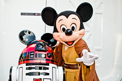 Star Tours 2 LIVE! (Tom.Bricker) Tags: film nikon disney disneyworld hollywood mickeymouse wdw waltdisneyworld studios disneymgmstudios waltdisney sunsetboulevard graumanschinesetheatre waltdisneystudios hollywoodstudios disneyphotos thestudios disneyshollywoodstudios disneyphotography wdwfigment tombricker