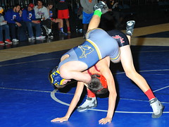 Cory Wilford vs Luke Young 2448 (Chris Hunkeler) Tags: 120lbs 120 2015 amateur bout887 corywilford foothill lukeyoung meridian rtoc wrestling highschool reno renotournamentofchampions