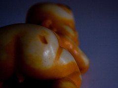 20110328.buddha.3162.jpg (jdaisy) Tags: orange baby macro buddha butt 087365 mostly365